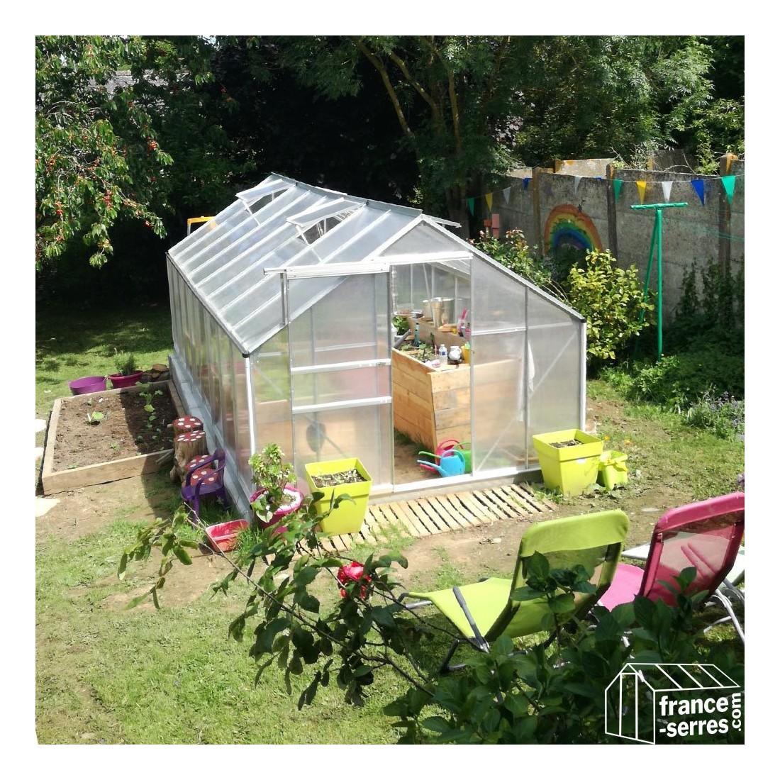serre de jardin en polycarbonate alv olaire grande largeur. Black Bedroom Furniture Sets. Home Design Ideas