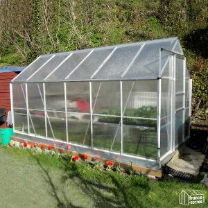 serre-jardin-polycarbonate-alvéolaire-NOUVELLE-GENERATION