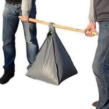 transporter failement votre sac une fois rempli à l'aide d'un baton
