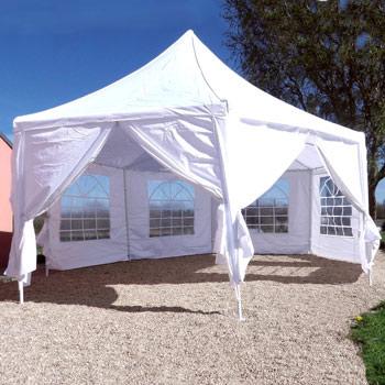 une tente de réception parfaite pour organiser vos cocktails ou receptions en exterieur