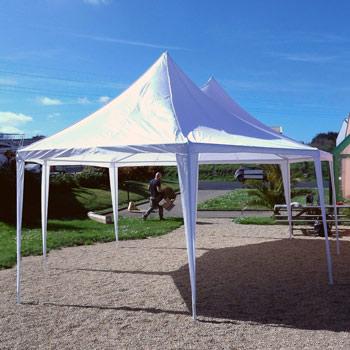 la tente de reception octogonale avec ou sans murs ideales pour vos garden party